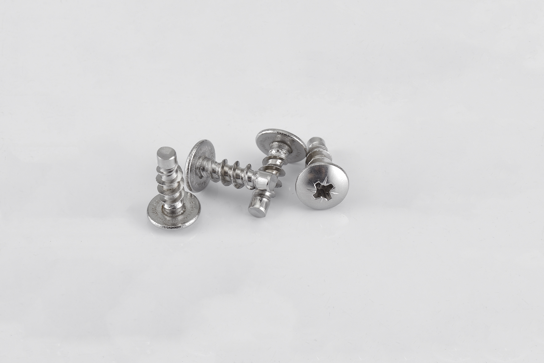 Non standard customized screws